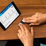 Electrocardiograma Portátil - Regalo para la Salud